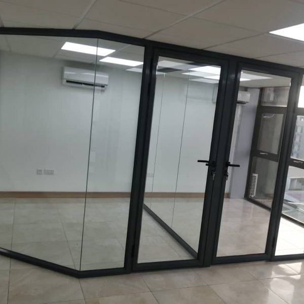 GLASS PARTITION FITGLASS PROJECT 5